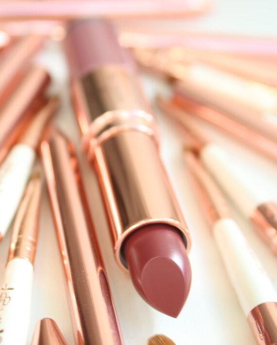 Switch It Up Duo Lipstick & Gloss in ZOHARA