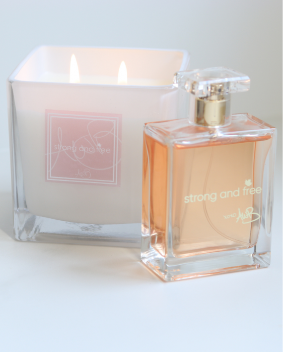 Strong and Free Candle in WHITE & Fragrance