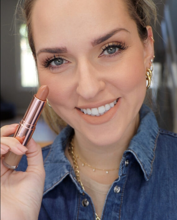 Switch It Up Duo Lipstick & Gloss in NELLIE